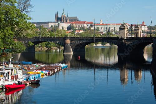 Poster Ein ungewöhnlicher Blick auf die Prager Burg