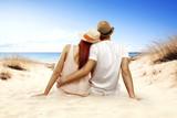 Fototapeta two lovers on beach