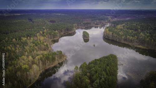 jeziora i lasy z lotu ptaka