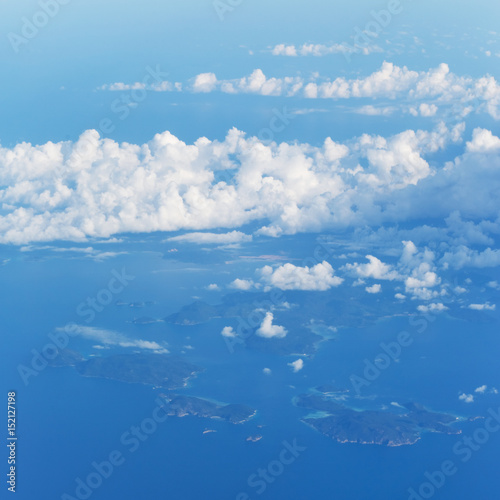 Plakat View from the wing of the aircraft to the islands of Philippines