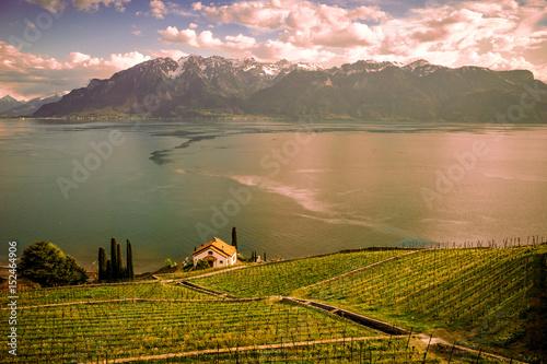 Fototapeta Vue panoramique depuis Chexbres