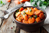 Caramelized carrots with cilantro - 153181797