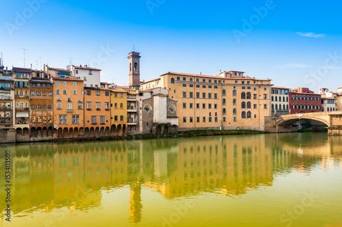 Les berges de l'Arno à Florence, Toscane, Italie