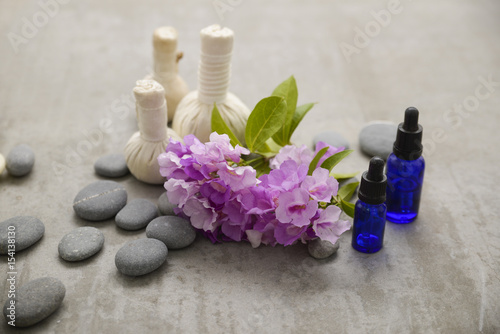 Foto op Aluminium Spa Tropical spa treatment on gray background