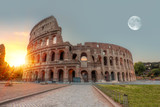 """Sunrise w Koloseum w Rzymie (Roma Coliseum), Rzym, Włochy """"Elementy tego obrazu dostarczone przez NASA"""""""