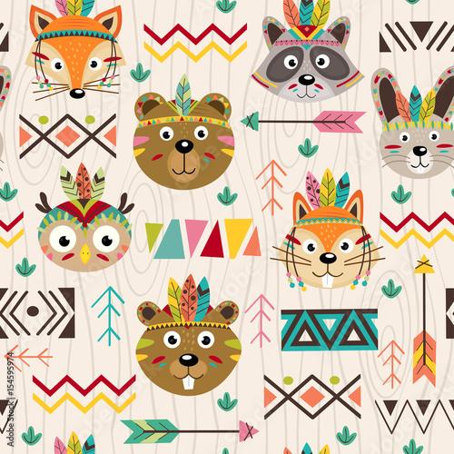 Materiał do szycia wzór z plemiennych zwierząt twarze - ilustracja wektorowa eps
