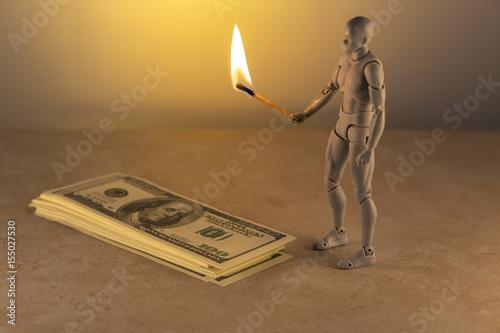 Poster Электронные деньги наступают на деньги бумажные