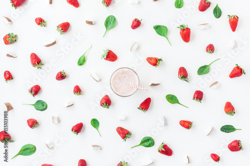 Foto op Aluminium Milkshake Strawberry milkshake, fresh strawberry and coconut on white background. Summer concept. Flat lay, top view