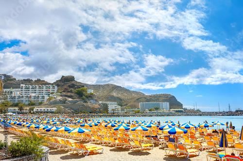 Deurstickers Canarische Eilanden Puerto Rico's beach. Canary resort, Gran Canaria, Spain
