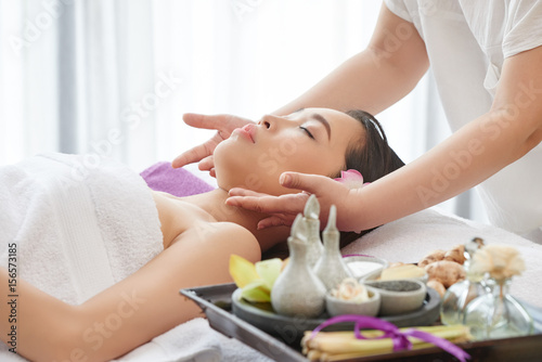 Beauty Therapist at Work © DragonImages