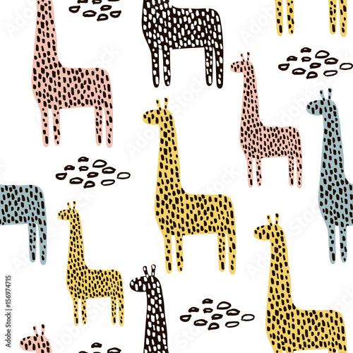 Materiał do szycia Wzór z żyrafa. Dziecinna tekstury dla tkanin, wyrobów włókienniczych. Tło wektor