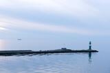 Leuchtturm (Molenfeuer) am Hafen von Warnemündebei Rostock