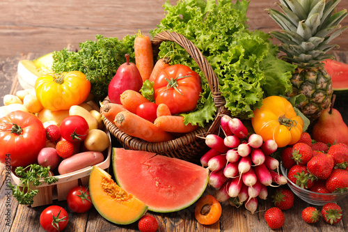 raw fruit and vegetable - 157262954