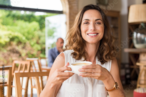 Mature woman at cafeteria - 157276104