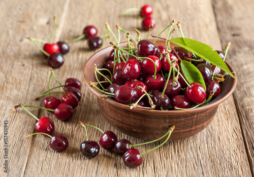 Fotobehang Kersen Cherries in bowl
