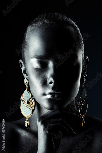 Poster african style earrings