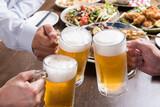 生ビールで乾杯 - 157679134