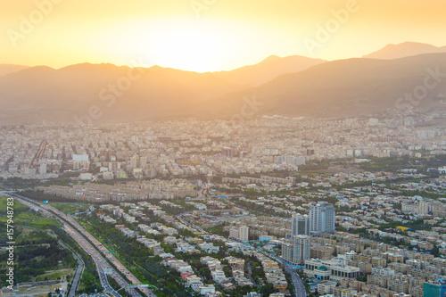 Papiers peints Beige Tehran skyline at sunset, Iran