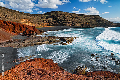 Deurstickers Canarische Eilanden El Golfo black sand beach near Green Lagoon in Lanzarote, Canary Islands.