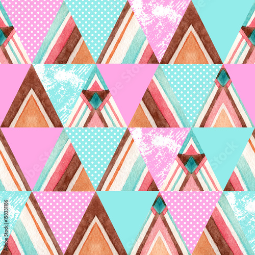 Abstract watercolor ornate triangles seamless pattern. - 158331186