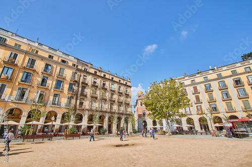 Foto Murales Girona is a city in Spain's northeastern Catalonia region.
