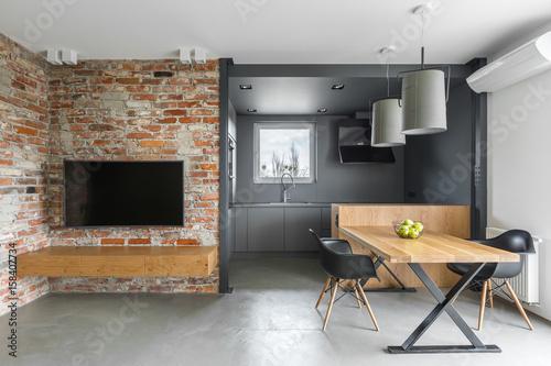 Industrial style home interior © Dariusz Jarzabek