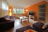 intérieur salon maison rez-de-chaussée - 158533104