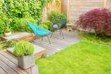 Small modern patio in a contemporary urban garden - 158585582