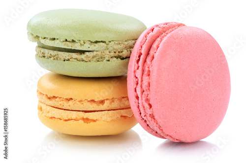 Staande foto Macarons Macarons Macaroons Kekse Nachtisch Dessert aus Frankreich Freisteller