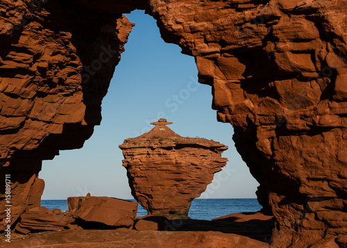 Plagát Rock formations formed by erosion on the north shore of Prince Edward Island, Canada