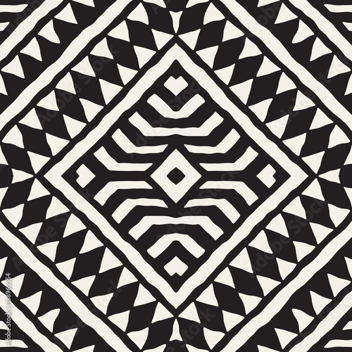 Black and white tribal vector seamless pattern with doodle elements. Aztec abstract art print. Ethnic ornamental hand drawn backdrop. - 158965554