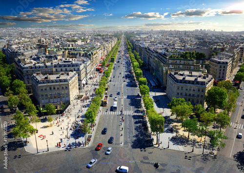Avenue des Champs Elysees Photo by Givaga