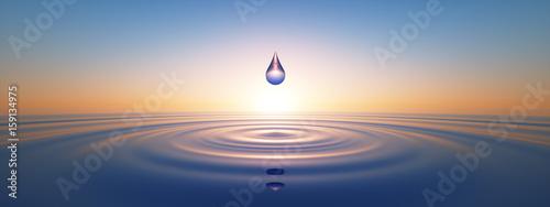 Leinwanddruck Bild Wassertropfen im weiten Ozean