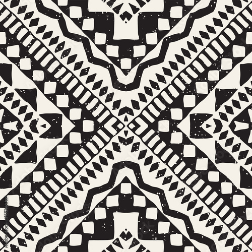 Black and white tribal vector seamless pattern with doodle elements. Aztec abstract art print. Ethnic ornamental hand drawn backdrop. - 159165389