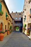 antico borgo murato di San Donato in Poggio, Firenze Italia