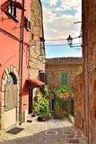 scorcio del caratteristico paese di Montecatini Alto in Toscana, Italia