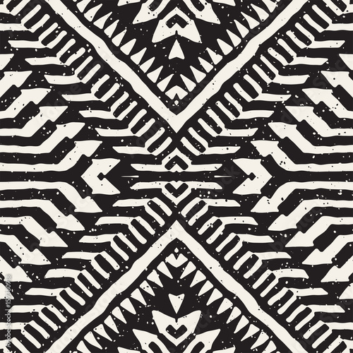 Black and white tribal vector seamless pattern with doodle elements. Aztec abstract art print. Ethnic ornamental hand drawn backdrop. - 159380918
