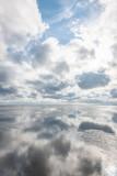 wolken im Wasser 1