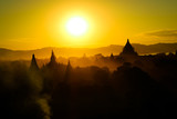 ミャンマー、バガンの夕日