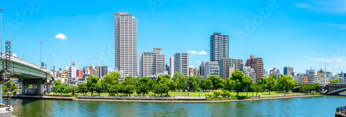 Tuinposter Blauw 都市風景 日本 大阪