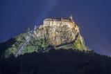 Nachtblick auf die Riegersburg, steirisches Vulkanland in Österreich - 160522150