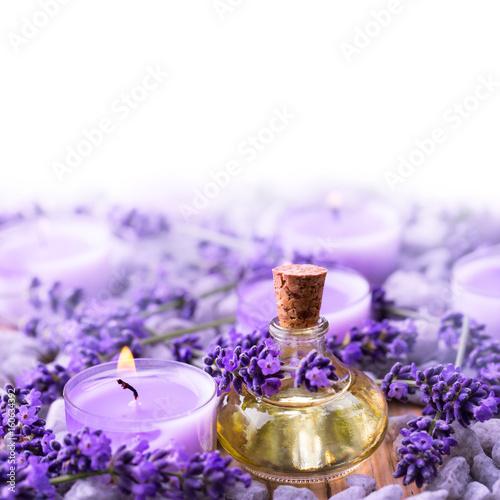 Papiers peints Lavande Lavendel - Lavendelöl und Duftkerze