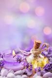 Lavendel  -  Lavendelöl und Duftkerze