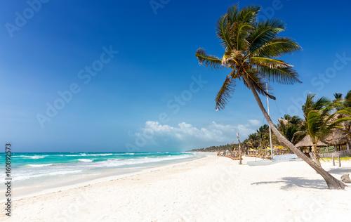 Raj na Karaibach: plaża Tulum, wybrzeże Majów w Meksyku