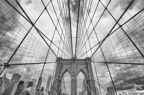 Foto op Canvas Brooklyn Bridge Wide angle black and white picture of Brooklyn Bridge, New York City, USA.