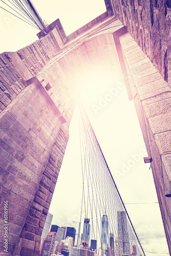 Fotobehang Brooklyn Bridge Vintage stylized wide angle picture of Brooklyn Bridge, New York City, USA.