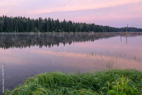 Tuinposter Purper lake sunrise pink clouds sky fog