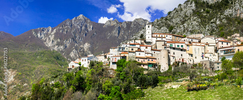 Charming small medieval mountain villages in Abruzzo, Italy