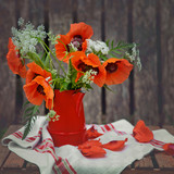 Bouquet of poppies in the garden