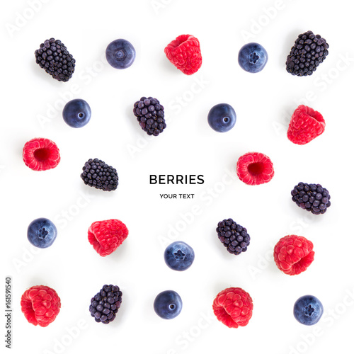 Seamless pattern with raspberry, blueberry and blackberry. Tropical abstract background. Berries on the white background. - 161591540